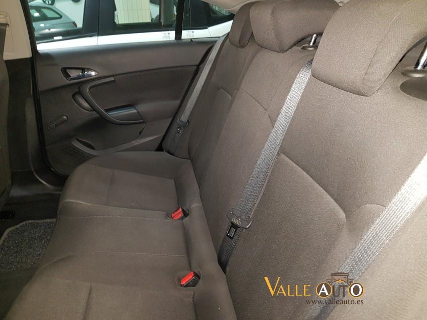 OPEL Insignia Limousine 2.0 CDTI 110CV BLANCO Imagen