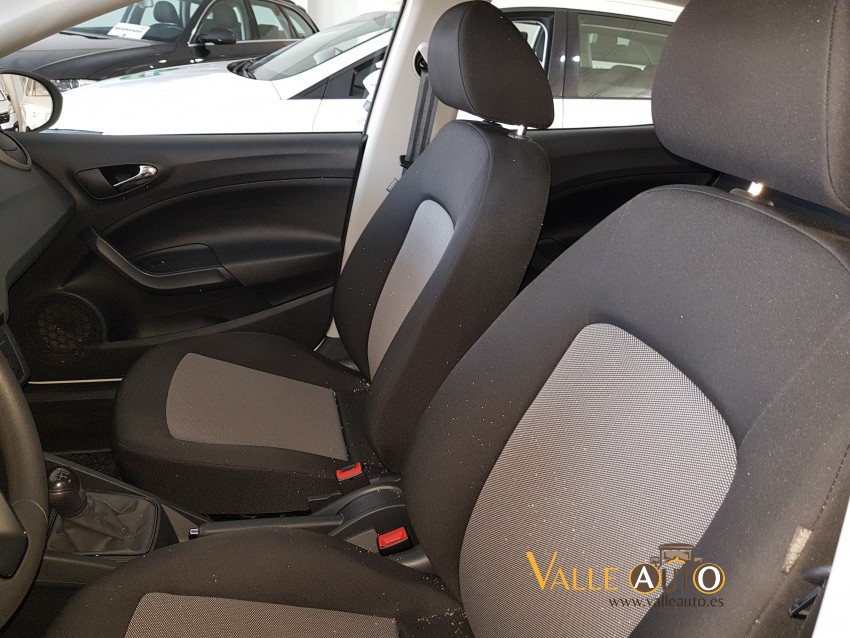 SEAT Ibiza REFERENCE PLUS 1.4 TDI 90CV BLANCO Imagen