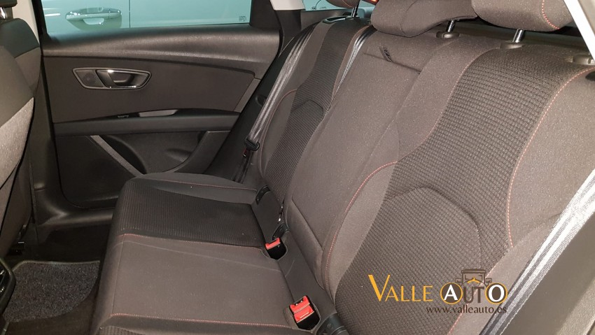SEAT Leon FR STYLE  2.0 TDI 150CV BERENJENA Imagen