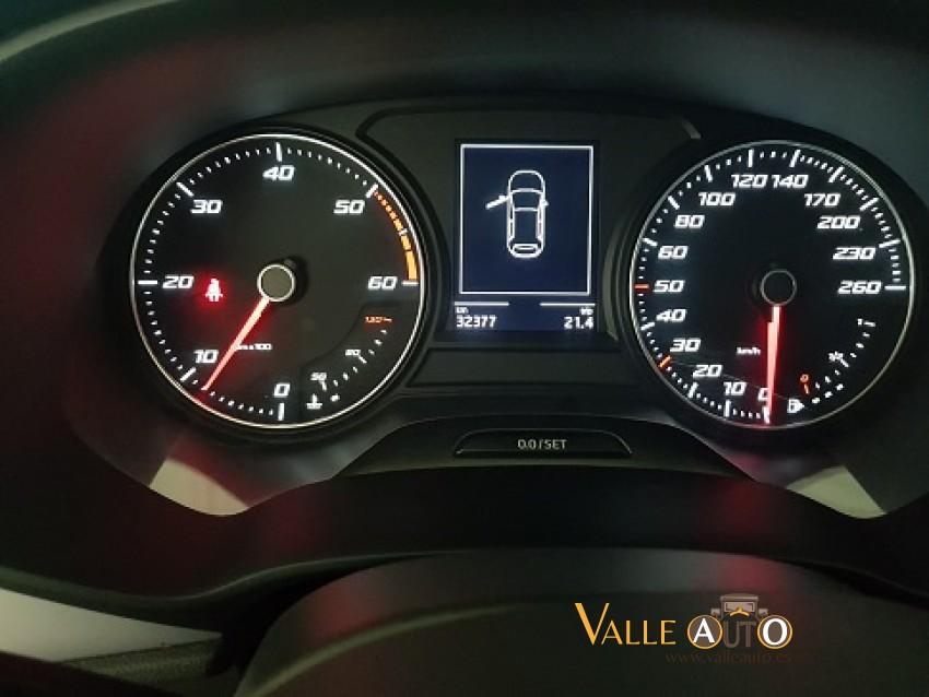 SEAT Leon ST CR Style S&S 1.6 TDI 115CV Gris oscuro Imagen