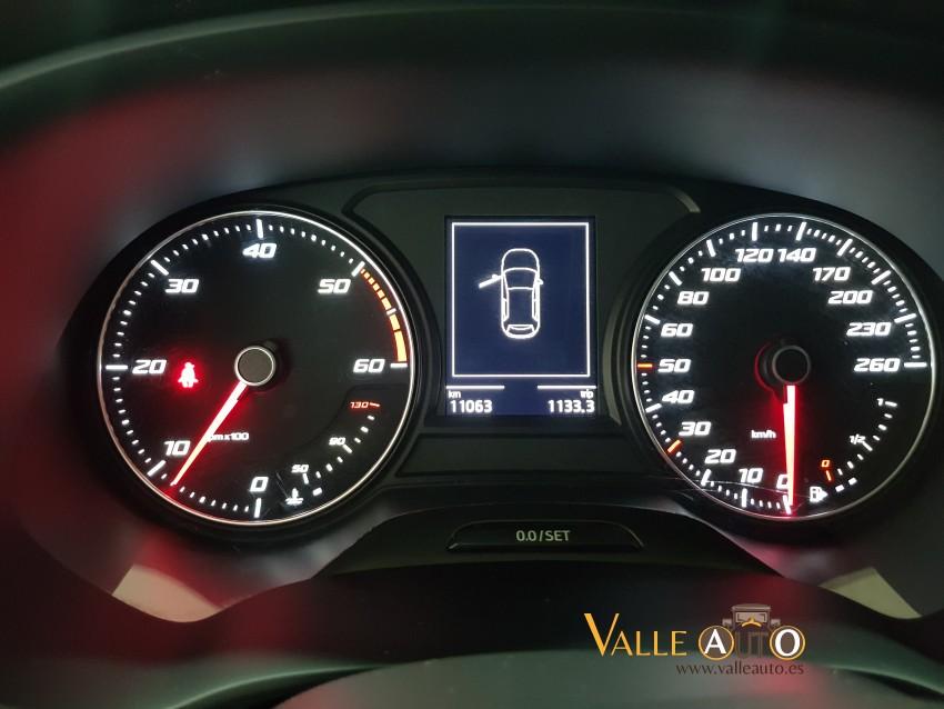 SEAT Leon ST STYLE 1.6 TDI 115CV AZUL Imagen