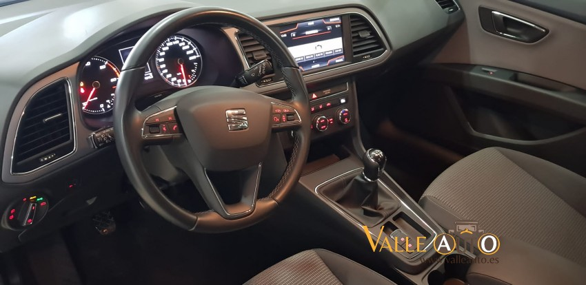 SEAT Leon STYLE 1.6 TDI 115CV BLANCO Imagen