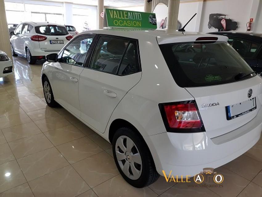 SKODA FABIA Ambition 1.4 TDI 90CV Blanco Imagen
