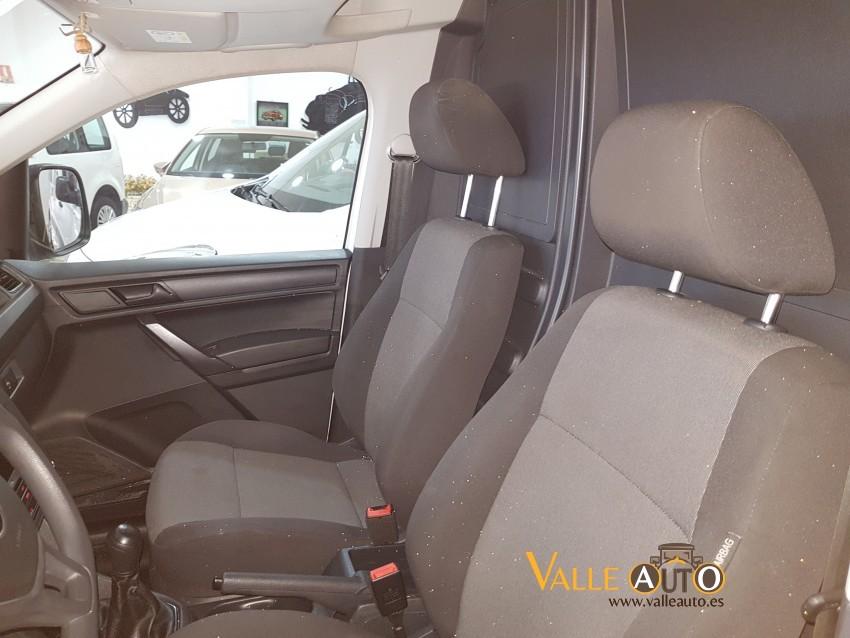 VOLKSWAGEN Caddy PROFESIONAL FURGON 2.0 TDI 75CV BLANCO Imagen