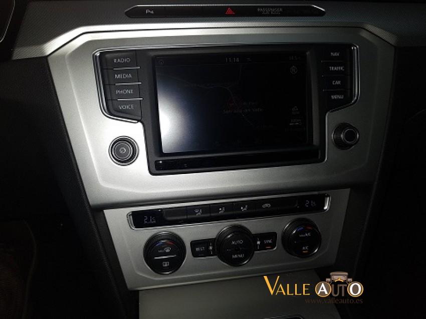 VOLKSWAGEN Passat ADVANCE 1.6 TDI  BMT 1.6 TDI 120CV NEGRO Imagen