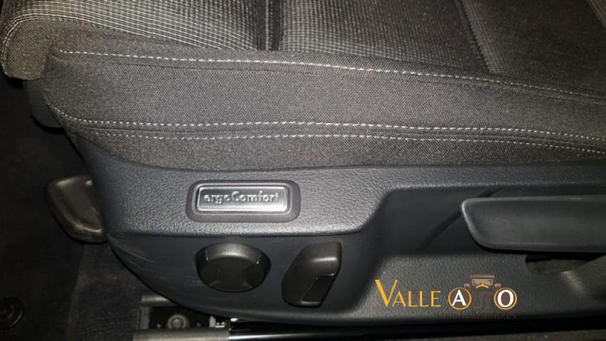 VOLKSWAGEN Passat Advance 2.0 TDI 150CV Gris Metalizado Imagen